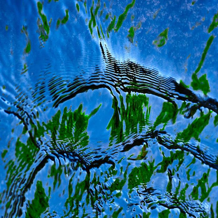 reflet-sur-eau-qui-montre-une-magnifique-composition-photographique par bruno larue